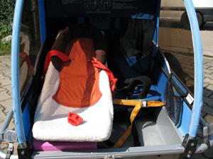 fahrradanhänger weber babyschale