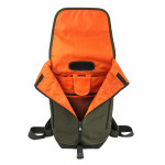 RS42886_RS41324_Crumpler_Muli Backpack M-002_open