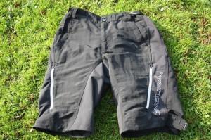 shorts rasen