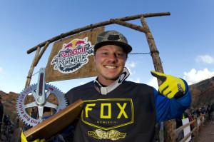 Kyle Strait - Winner