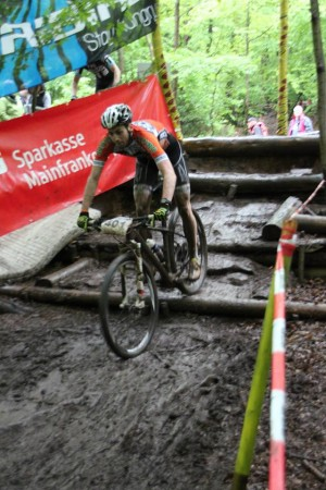 Unser Autor Dominik beim Drop in Wombach Bild (c) Feistel Racing