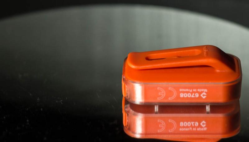 Kompaktes Cliplicht von B-Twin