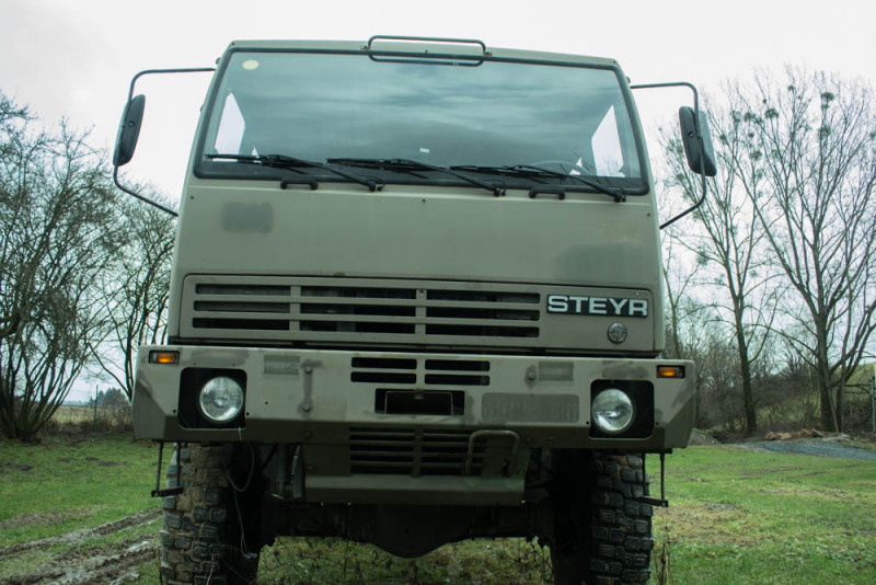 Ausgangsbasis Steyr 12m18