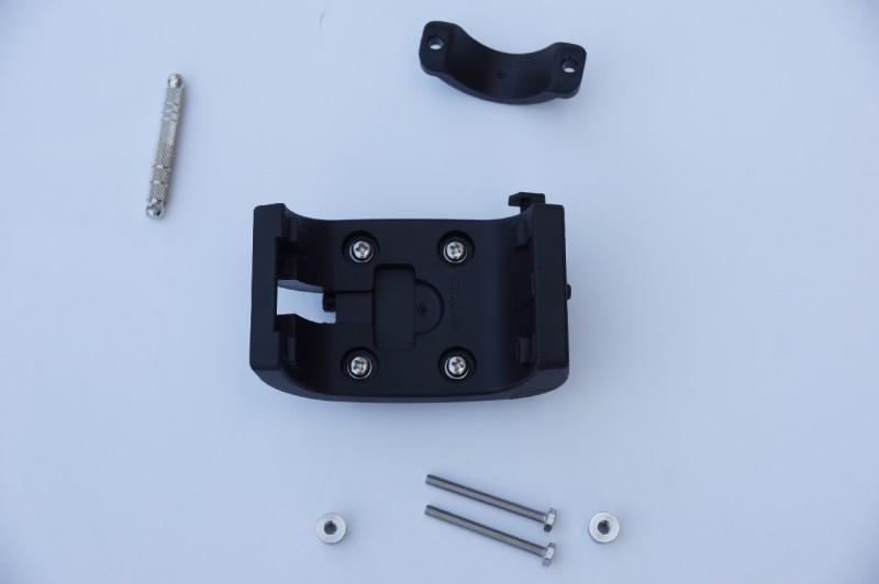 Garmin Monterra Fahrradhalter mit Montagematerial