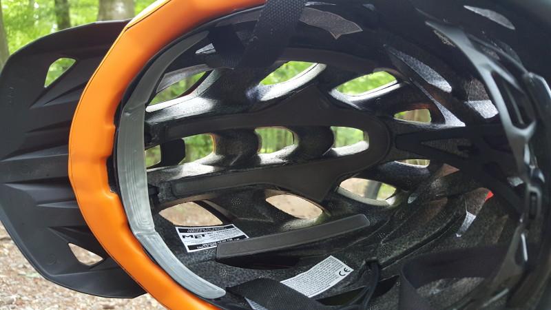 Vollstädige Verkleidung des Styropors / Front-Pad besteht aus Morpho-Gel