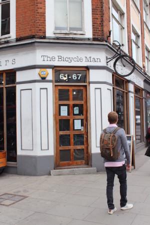 THE Bicycle man Fjällräven
