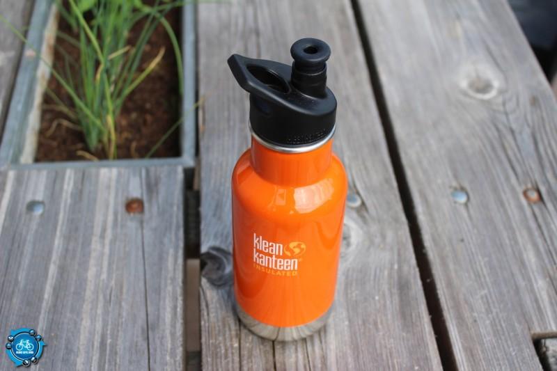 Flasche mit Sport Cap 3.0-Verschluss