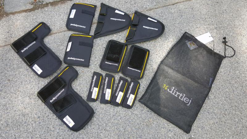 Dirtlej EXTENDED package - optimaler Schutz für den Transport auf einem Fahrradträger