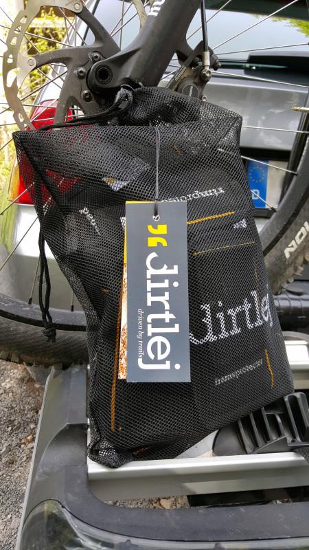 Dirtley EXTENDED package - optimaler Schutz für den Transport auf einem Fahrradträger