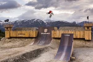 Rider: Linus Sjoholm, Bild by David Malacrida
