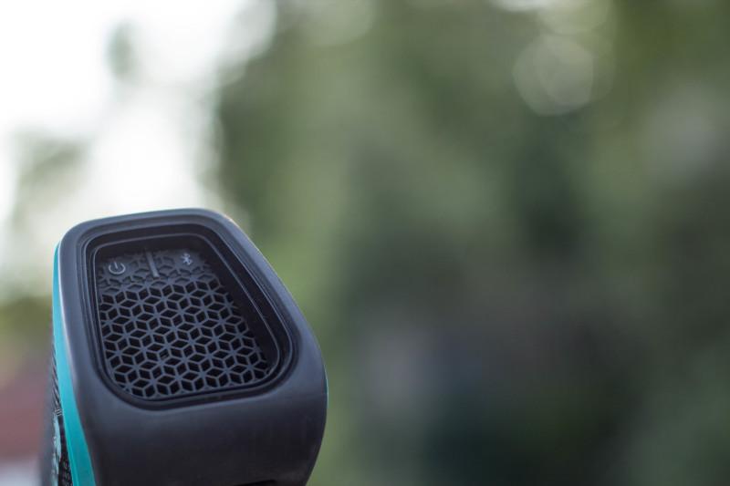Etwas umständlich zu bedienende Knöpfe am Fugoo Sport Speaker