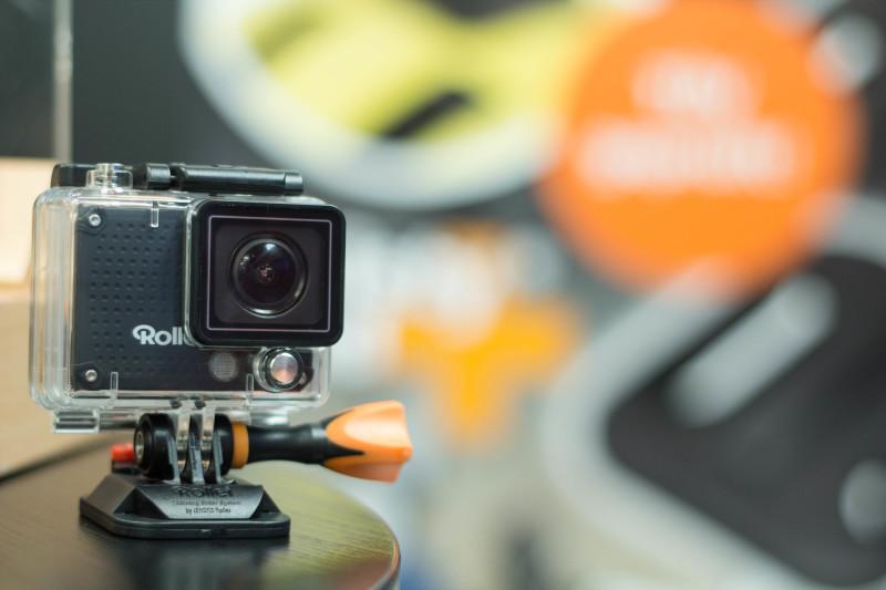 Hier die neue Schraube in Verbindung mit einer Rollei Kamera