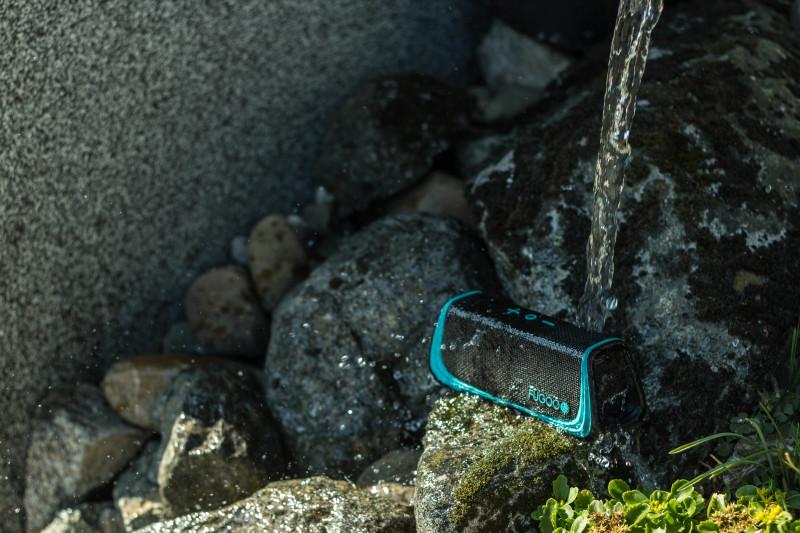 Wasser - Kein Problem für die Fugoo Sport!